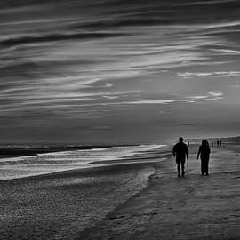 Phill  Doherty - Walking The Beach