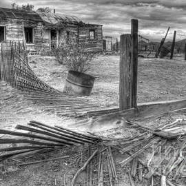 Bob Christopher - Where Does the Story End Monochrome
