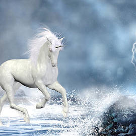 Simone Gatterwe - White Unicorn