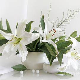 Matild Balogh - Whites Lilies