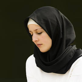 Sheila Smart - Young woman in hijab