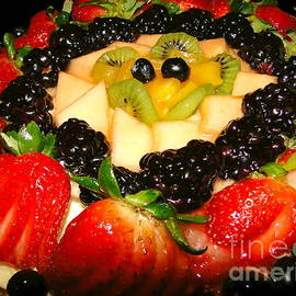 Sue Melvin - Yummy Fruit Dessert