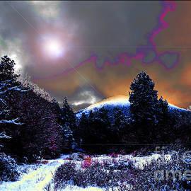 Susanne Still -  Moonrise on Kiva Mountain