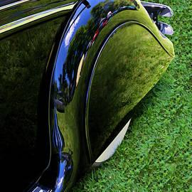 Allen Beatty - 1951 Jaguar Mark V D H C