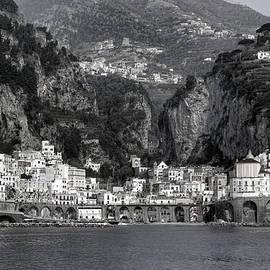 Atrani - Amalfi Coast - Joana Kruse