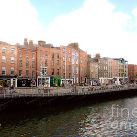 Michael Braham - Dublin River Liffey