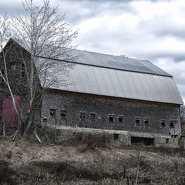 Richard Bean - Faithful Old Barn