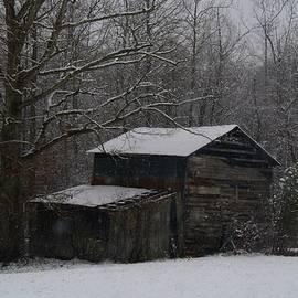 Kathryn Meyer - Hardscrabble Barn in the Snow