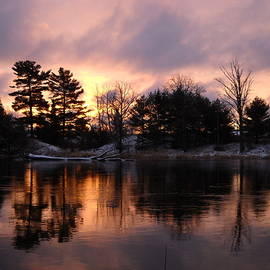Kent Lorentzen - Mississippi River Dawn Light