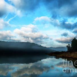 Thomas R Fletcher - Misty Morning at the Lake