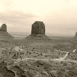 Merton Allen - Monument Valley Panorama At Dusk