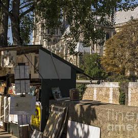 Paris - Juli Scalzi
