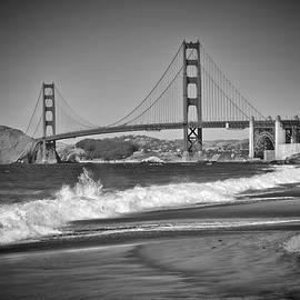 SAN FRANCISCO Baker Beach Monochrome - Melanie Viola