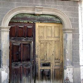SJ Crown - San Ignacio