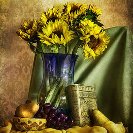Sandra Selle Rodriguez - Sunflowers and Fruit