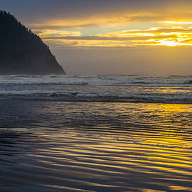 David Quist - Sunset at Seaside