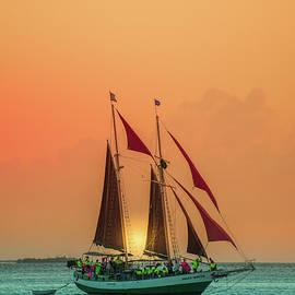 Art Spectrum - Sunset Sail