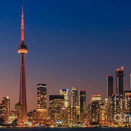 Henk Meijer Photography - Toronto Skyline after sunset