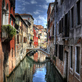 Don Wolf - VENICE CANAL