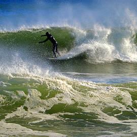 Dianne Cowen - Winter Surfing
