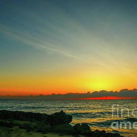 Tom Claud - Wispy Cloud Sunrise