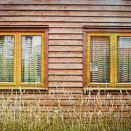 Wooden hut - Tom Gowanlock