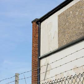Derelict building - Tom Gowanlock