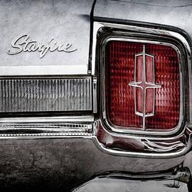 1965 Oldsmobile Starfire Taillight Emblem -0212ac - Jill Reger