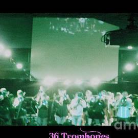 Kelly Awad - 36 Trombones