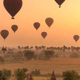 Marji  Lang - Balloons Sky