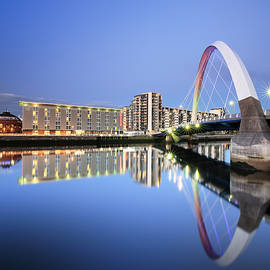 Grant Glendinning - Glasgow Clyde Arc Reflection