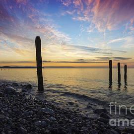 Ian Mitchell - Ocean Sunset