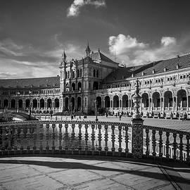 Jenny Rainbow - Plaza de Espana. Seville