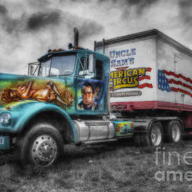 Ian Mitchell - American Circus Truck