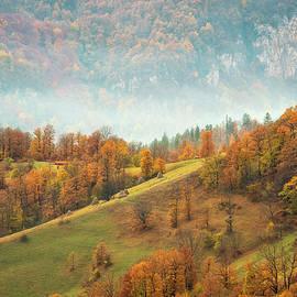 Evgeni Ivanov - Autumn mountain
