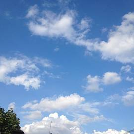 Jessica Cistrelli - Clouds