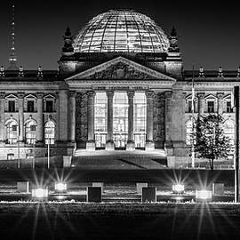 Colin Utz - Berlin at Night - Reichstag