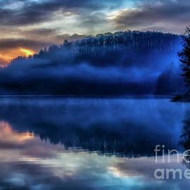 Thomas R Fletcher - First Light at the Lake