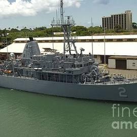 USS DEFENDER - Baltzgar