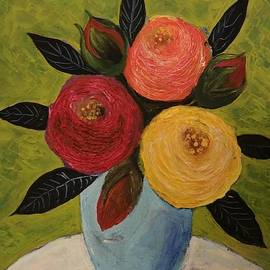 Jean L Fassina - 6 Roses In A Blue Vase On A White Table
