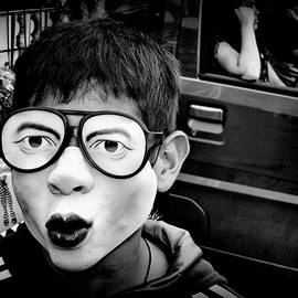 Daniel Gomez - A Boy On The Street ...