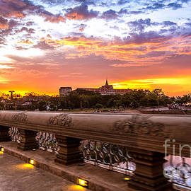 Rene Triay Photography - A Cambodian Sunset in Phnom Penh Cambodia