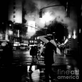 Miriam Danar - A Foggy Night in New York Town - Checkered Umbrella