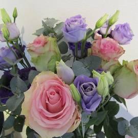 Rosita Larsson - A gentle bouquet