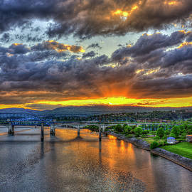 Reid Callaway - A Majestic View 2 Chattanooga Bridges Sunset Art