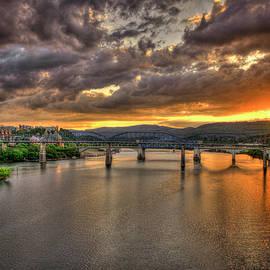 Reid Callaway - A Majestic View Chattanooga Bridges Sunset Art