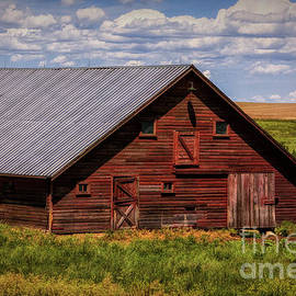 Priscilla Burgers - A Wyoming Red Barn