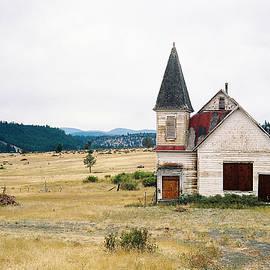 Svetlana Nilova - Abandoned Missionary Settlement