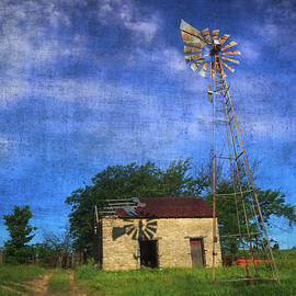 Anna Louise - Abandoned Outbuilding and Windmill