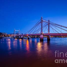 Mariusz Czajkowski - Albert Bridge London